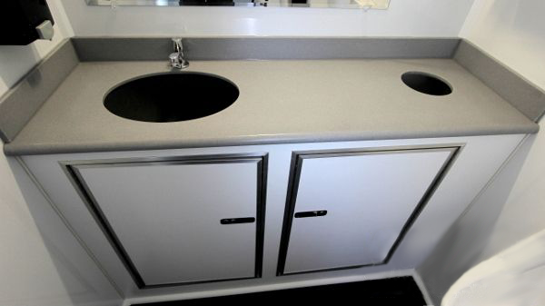 picture of a sink and cupboards